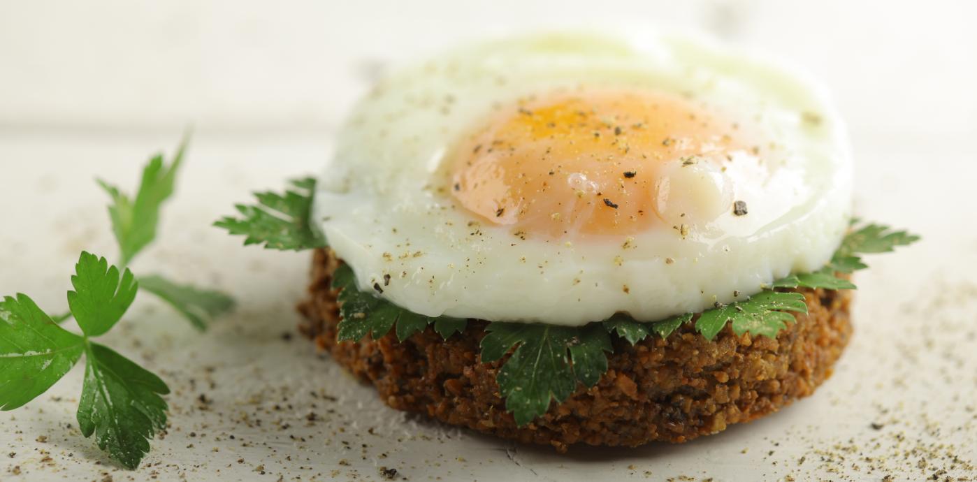 Al Wadi Quinoa Falafel - Quinoa Falafel with Poached Egg.JPG