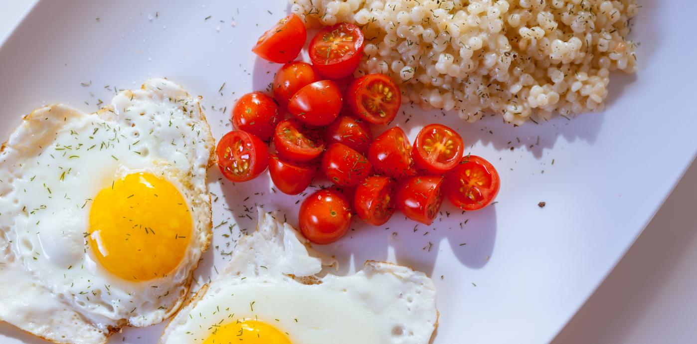Eggs and tomatoes.jpg