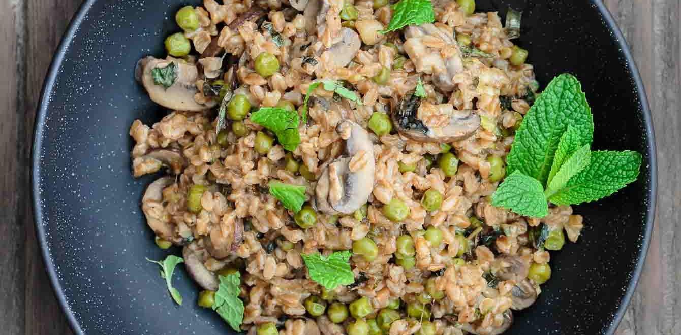 Farro-Recipe-with-Mushrooms-Peas-The-Mediterranean-Dish-1.jpg