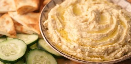 Hummus and pita.jpg