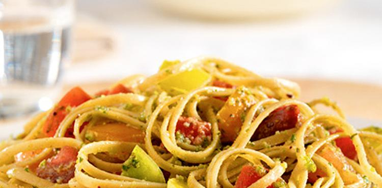 Linguini Tomatoes and Pistachios