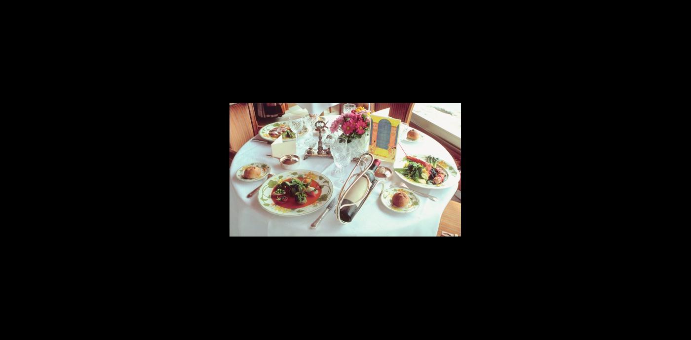 NIceRestaurantTable.jpg