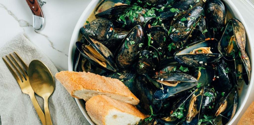 mussels-white-wine-final.jpg