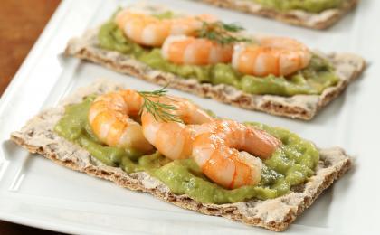 Guacamole and Shrimp Cracker