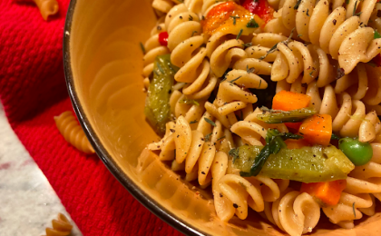 close up of rotini pasta and vegetables
