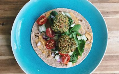 whole grain wrap with falafel and vegetables