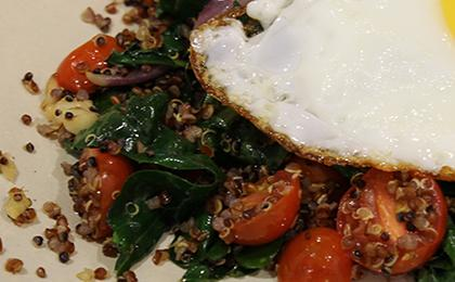 quinoa-and-kale-with-fried-egg.jpg