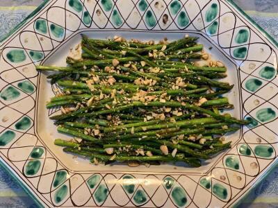 Asian Inspired Asparagus.jpeg