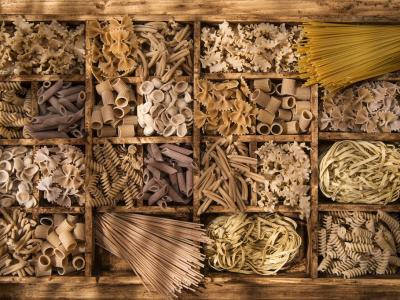 Assorted-Dry-Pasta-WholeGrain-Pasta-integrale.jpg