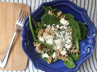 Chickpea Spinach Pasta Salad