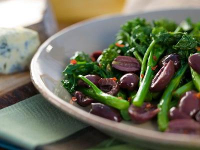Broccoli Rabe with Kalamata Olives