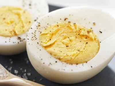 Easy-Peel Hard-Boiled Eggs