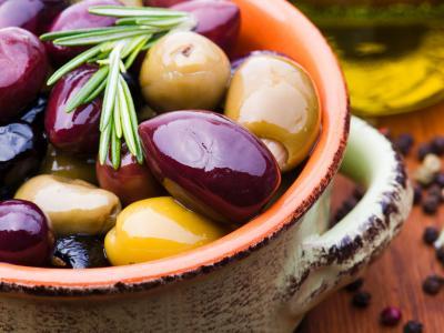 Fotolia_80884542_M-olives.jpg