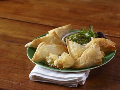 Greek-Tyropita-Cheese-Pies-450px.jpg