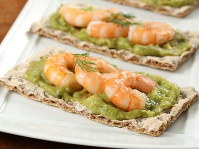 Guacamole and Shrimp Cracker