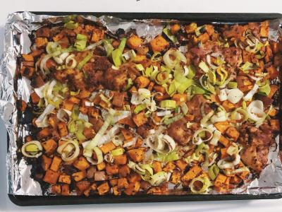 sheet pan meal with chicken and sweet potatoes