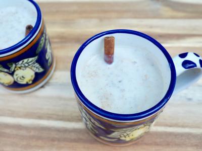 Mosh, a milky Guatemalan oatmeal beverage