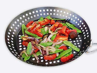 Vegetables in a grilling pan
