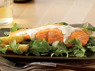 Seared Salmon Salad With Curry-Yogurt Dressing