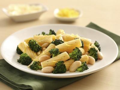 WEB_12x18_72dpi_Roasted Broccoli Rigatoni_6623.jpg