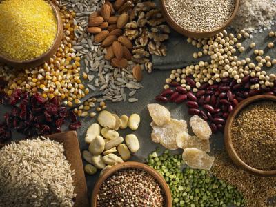 iStock_000019335226-grains_nuts.jpg