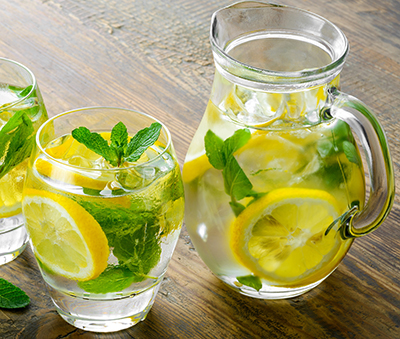 Blog_June 9_Summer_ONE_Diabetes_Hydration_water-lemon.jpg