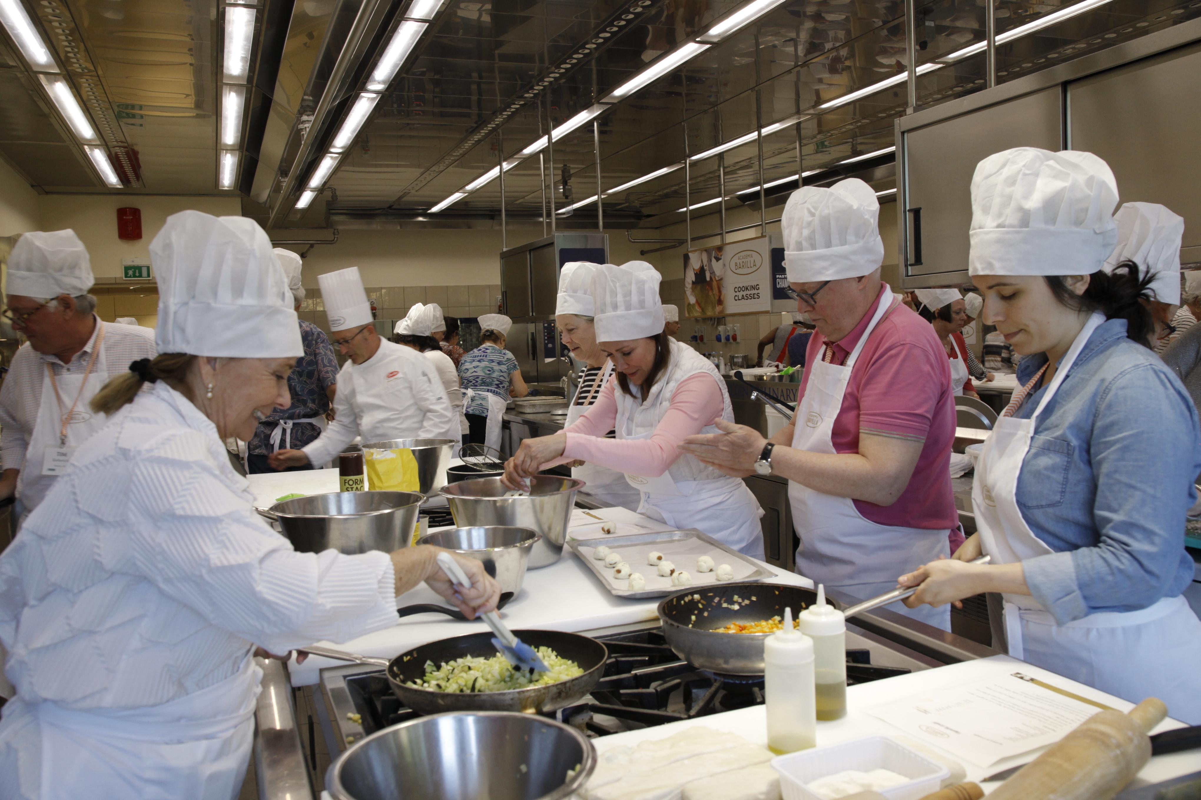USE ACADEMIA BARILLA COOKING SCHOOL.JPG