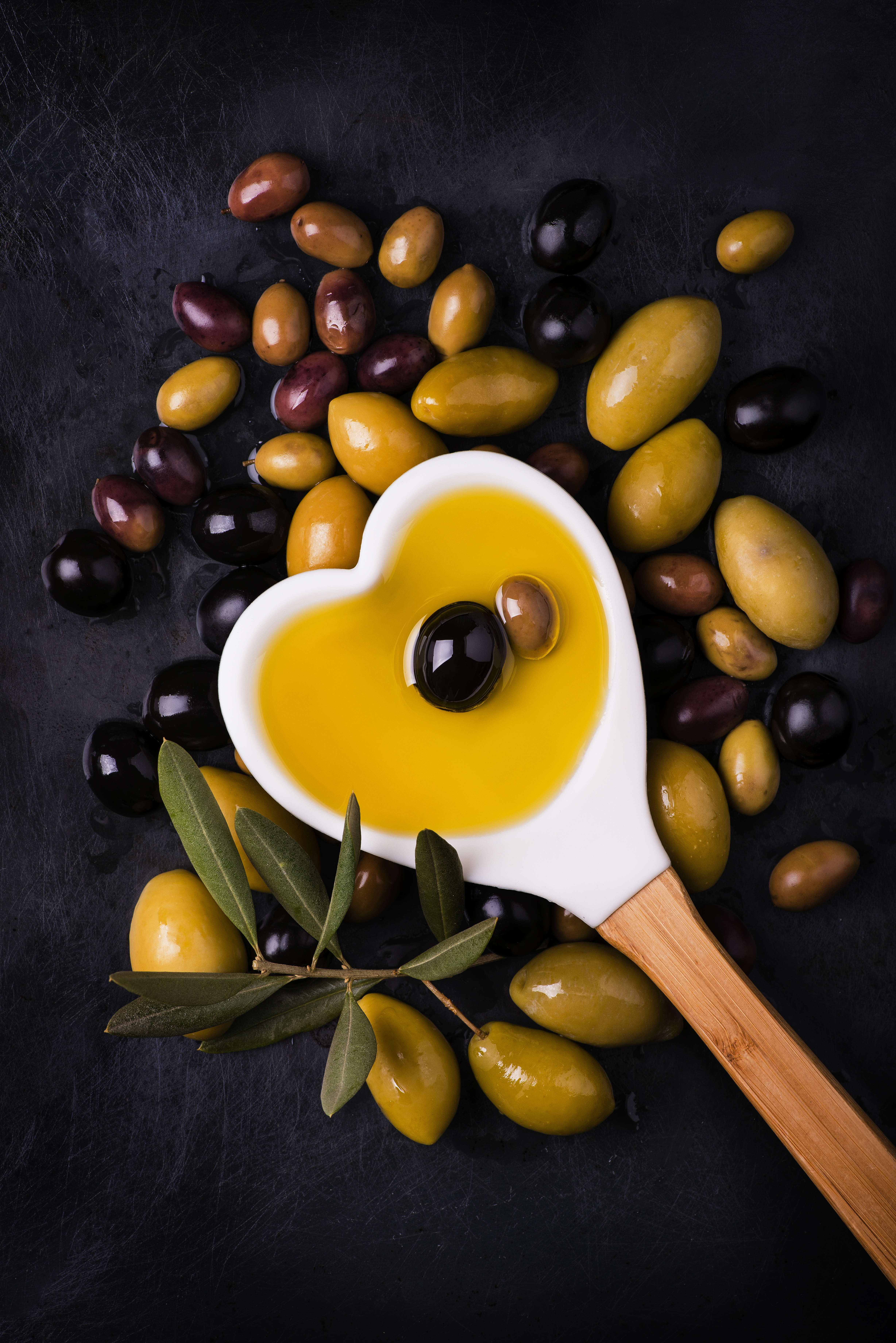 iStock-1005290734 olives and olive oil.jpg