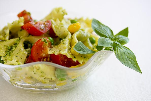 Pesto-peas-pasta-salad-44.jpg