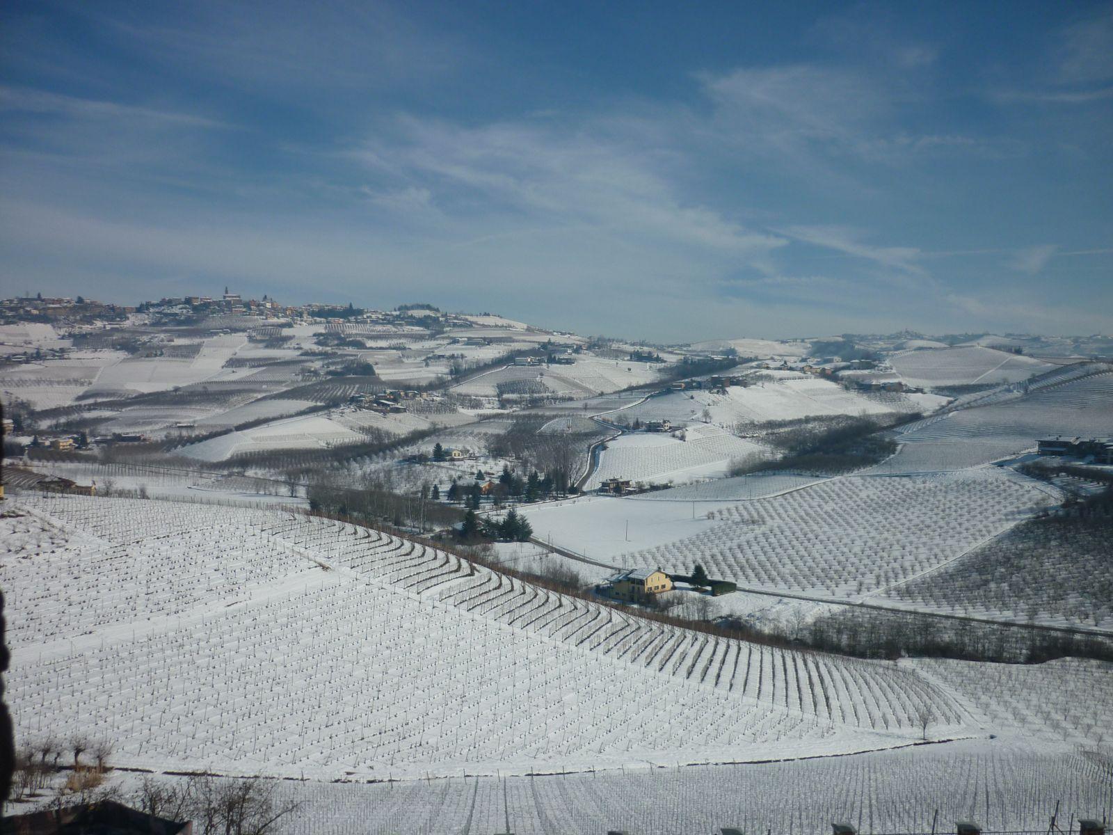 WinterlandscapePiedmonteItaly2.JPG